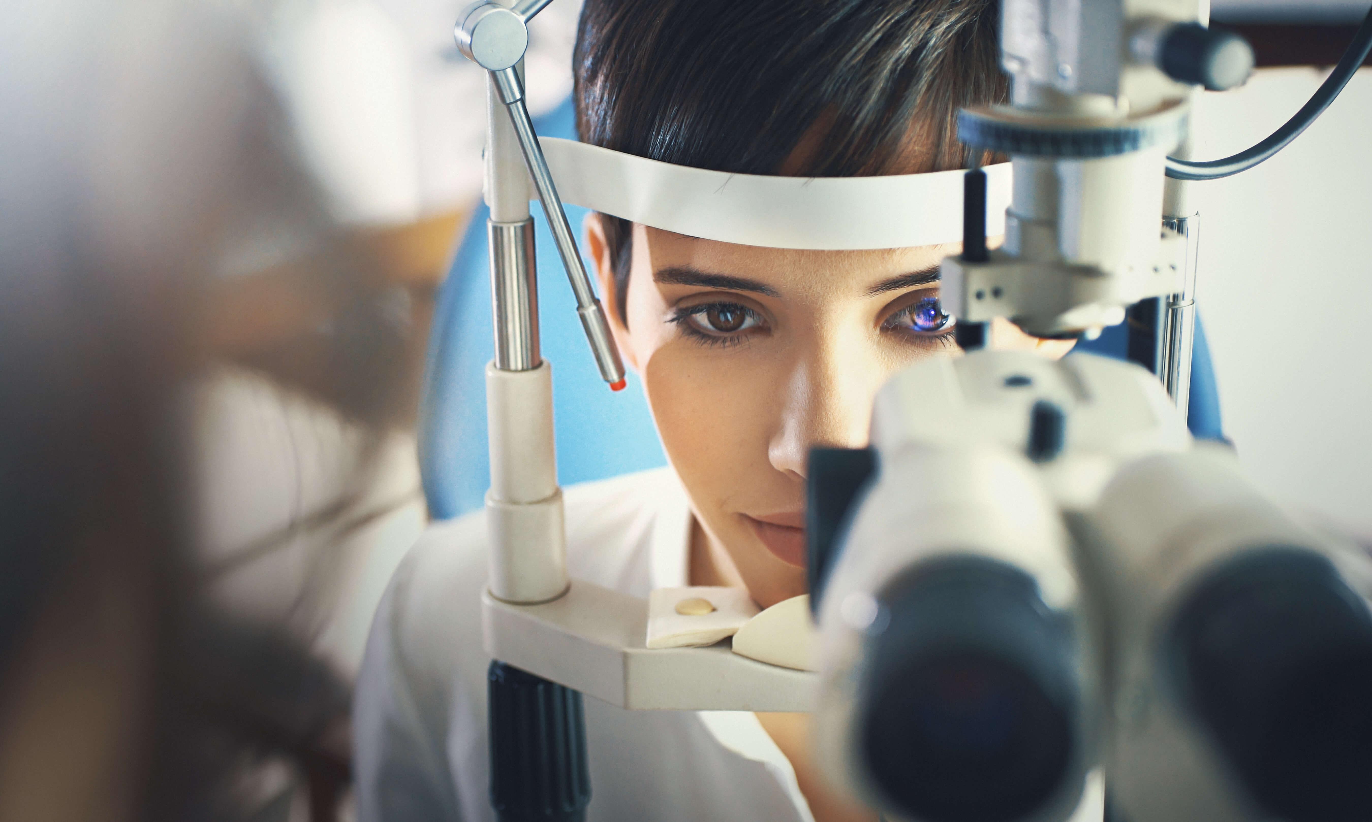 Felnőtt látásvizsgálat - Szemeszter Optika